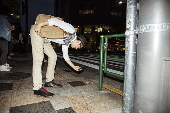 クスっと笑えるLOVEがある東京的偏愛生活 〜片手袋編|Favoritism to lonely gloves_10