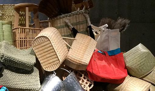 ジャスパー・モリソン氏監修による「Chairs, Baskets + Books」展開催
