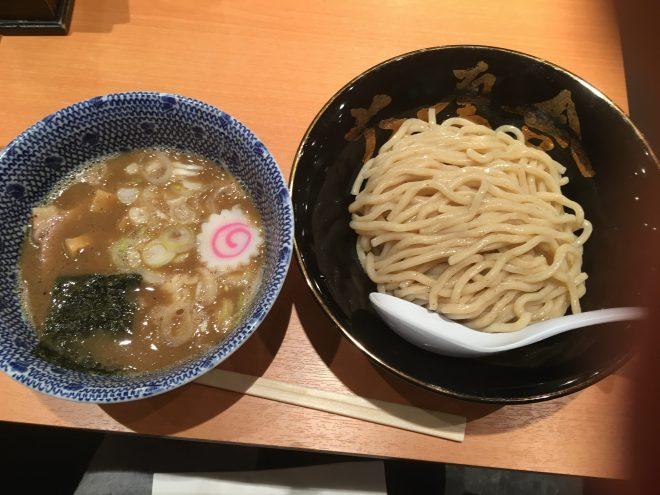 六厘舎(ろくりんしゃ)