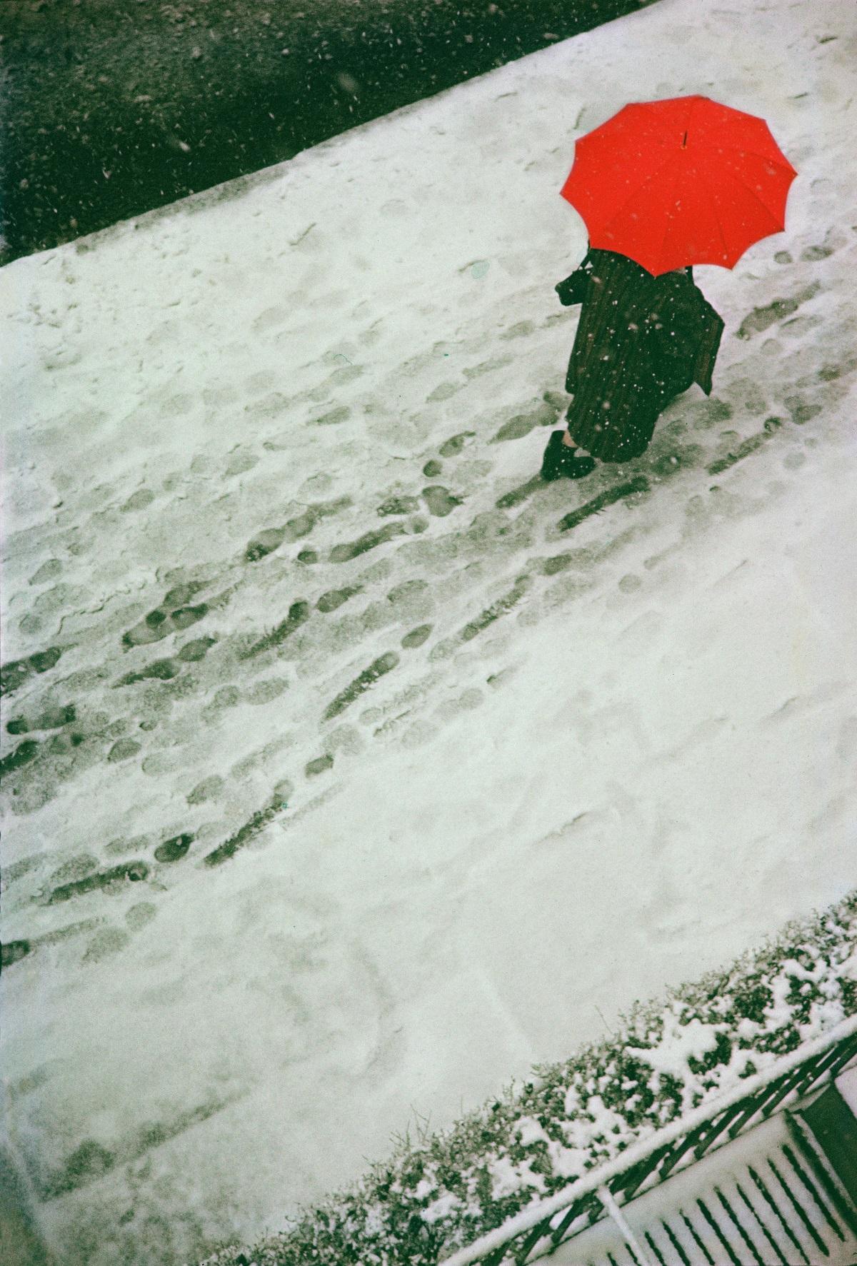 ソール・ライター ≪足跡≫ 1950年 ソール・ライター財団蔵 ⒸSaul Leiter Estate
