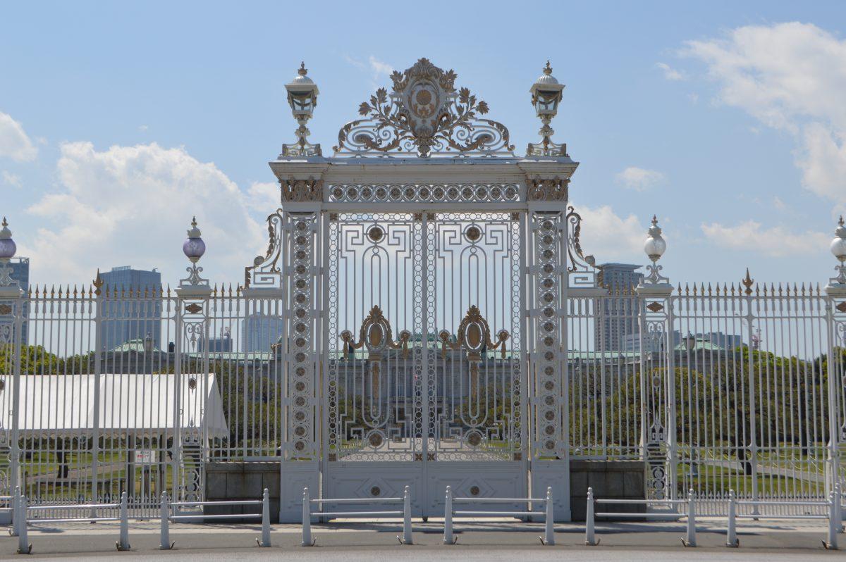 迎賓館の正門